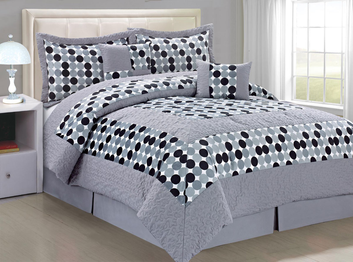 Big Dots Comforter Bed In A Bag Sets