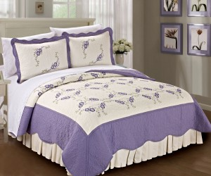 Lilac Chrysanthemum Bed Spread 3 Piece Bed Set
