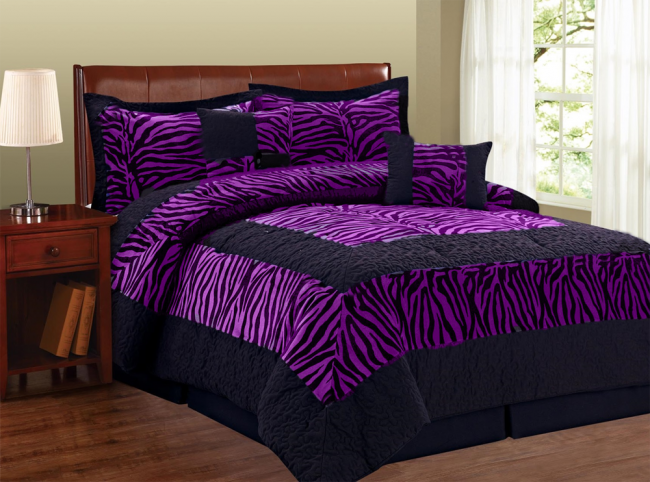 zebra print bed comforters is in style again blissful comforts. Black Bedroom Furniture Sets. Home Design Ideas