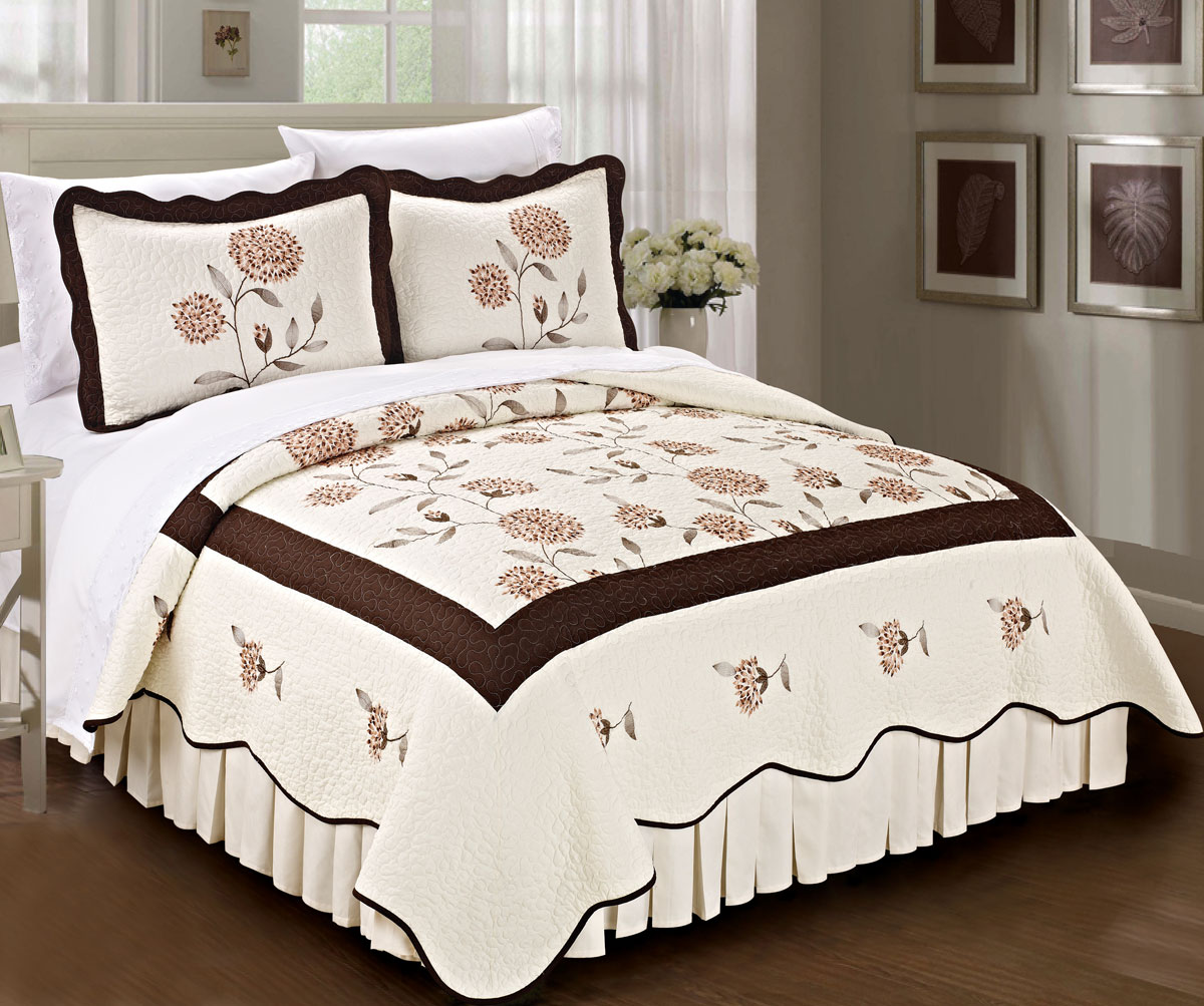 Sunflower Bedspread Traditional Classic Quilts