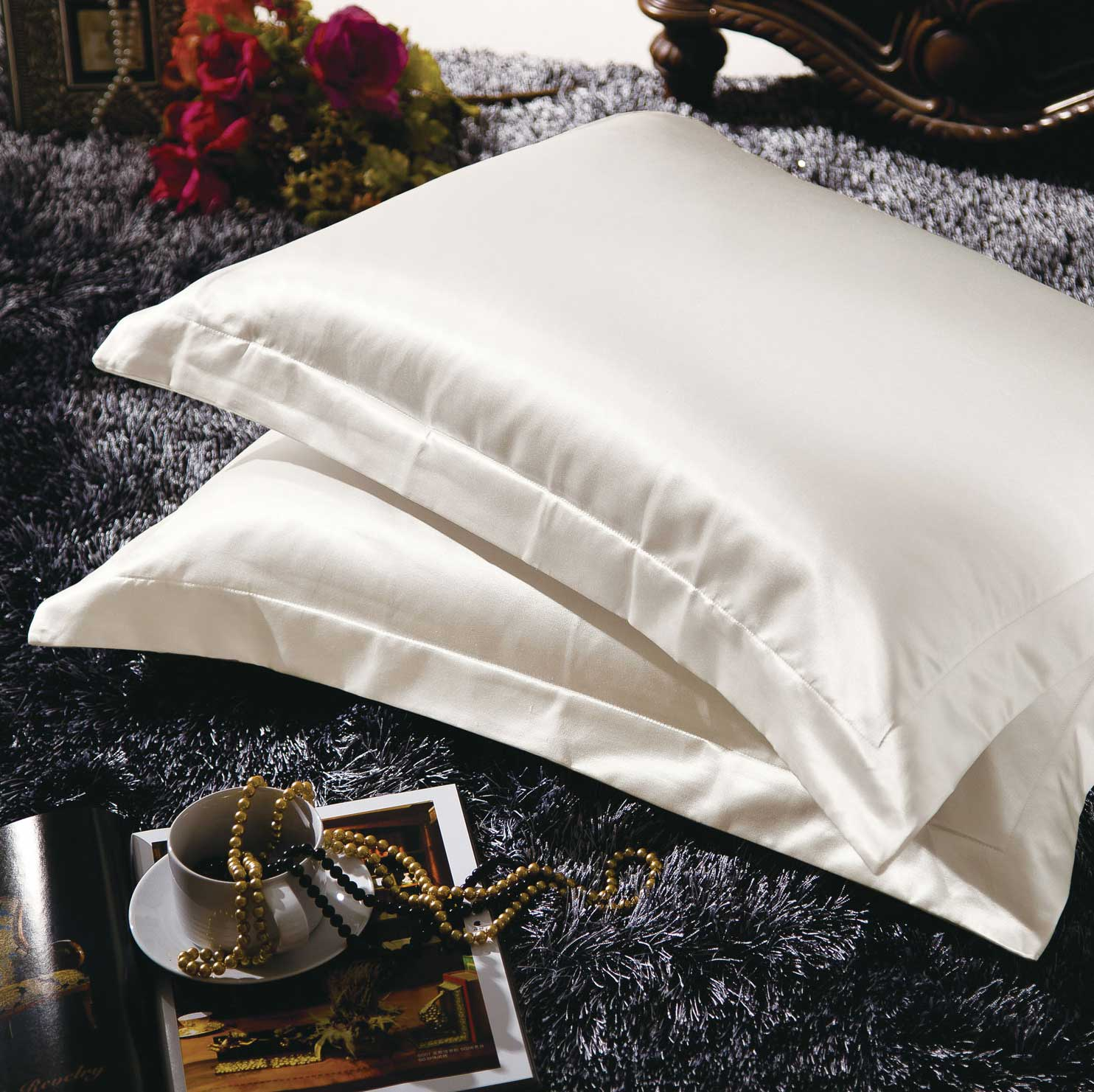 Satin and Silk Pillow Shams Give Great Hair and Skin