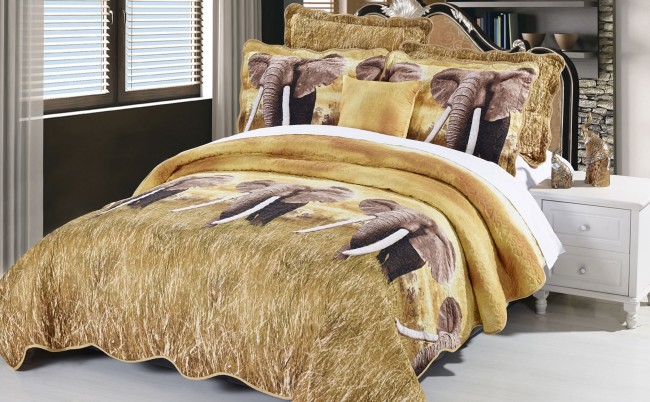 Safari Elephant Quilt Bedding Set