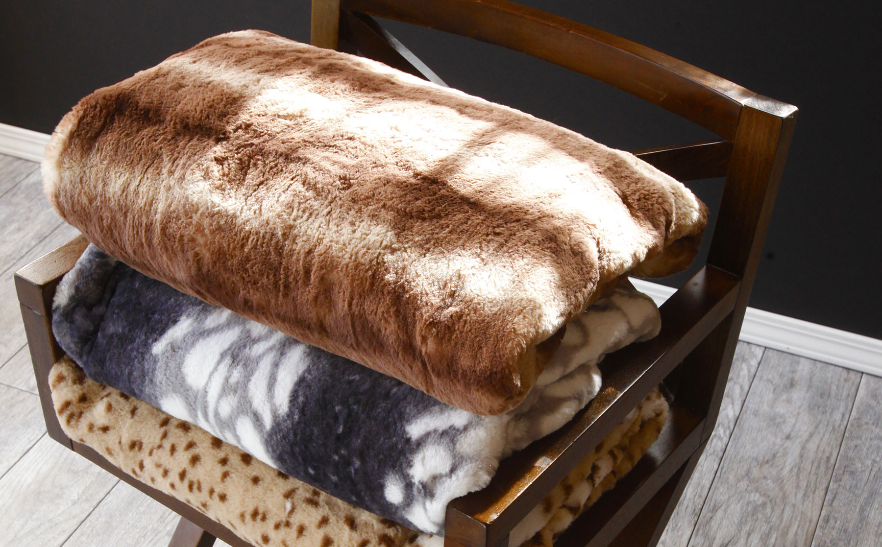 Natural Looking Super Soft Animal Print Faux Fur