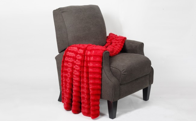 Chili Pepper red Derby Throw Blanket
